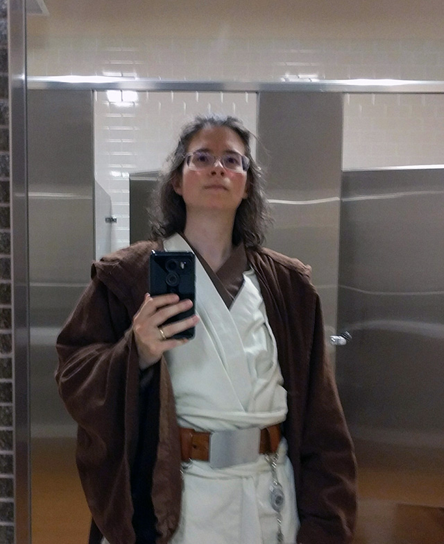 Googler Dresses Up As Jedi For Charity