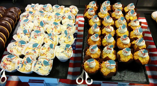 Google Zurich July 4th Cupcakes