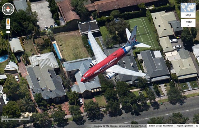 Plane Caught Mid-Flight On Google Maps