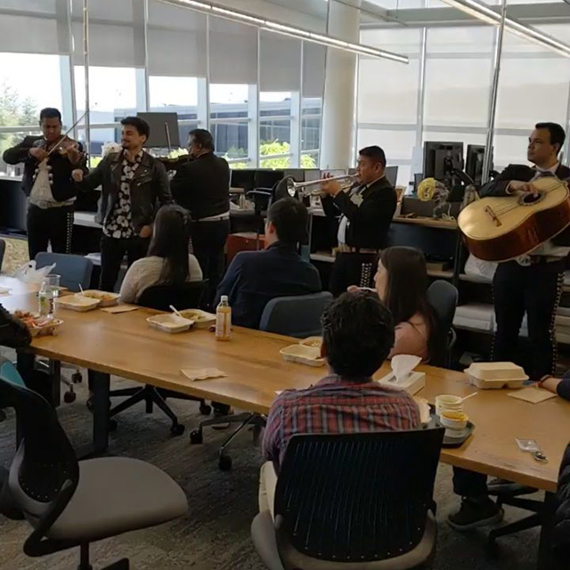 Google Team Hires Mariachi Group