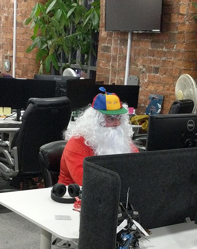 Noogler Santa Coding At Google