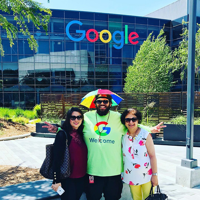 Peter The Greeter – Welcomes Everyone To Google