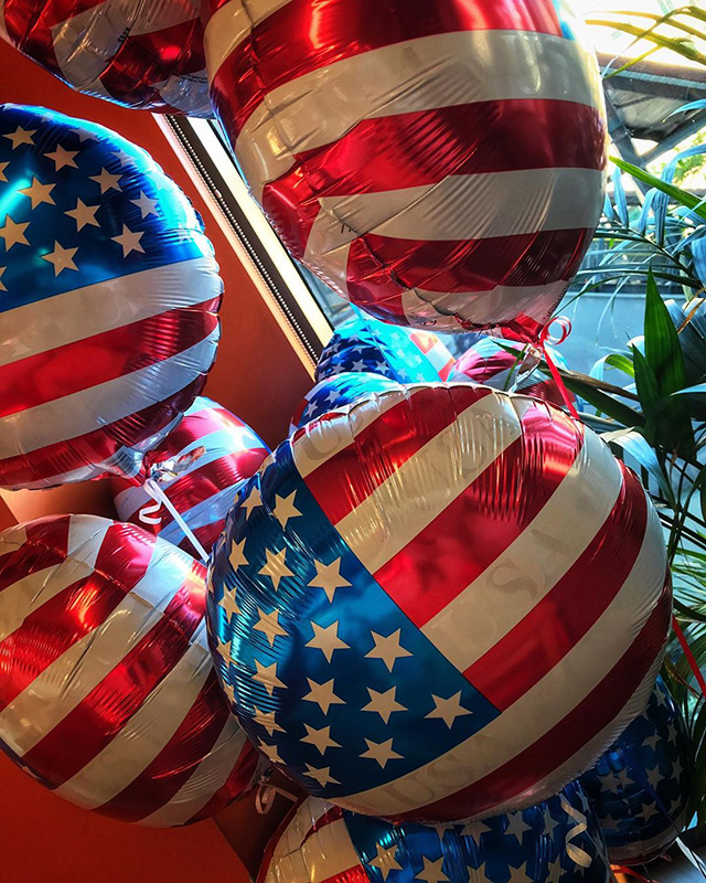 Google Gifts Americans Working On July 4th In Zurich US Flag Balloons