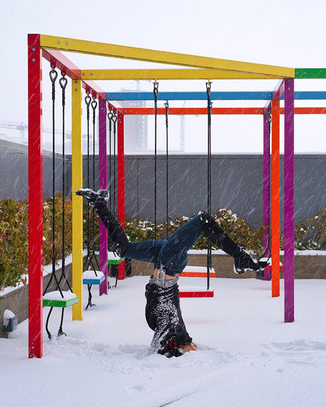Googler Does Yoga In the Snow