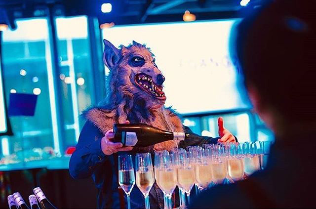 Wolf Serving Drinks At Google Dublin