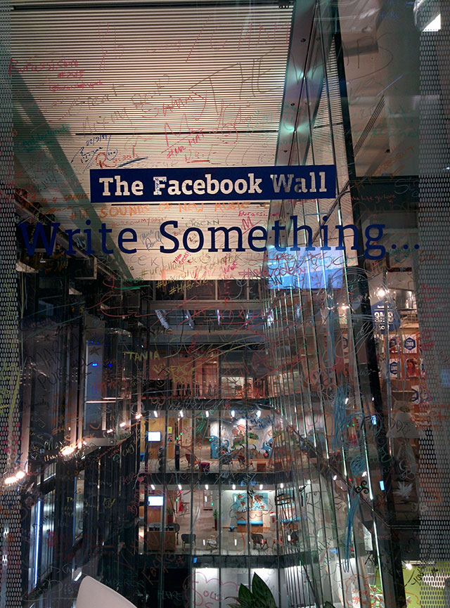 Write On The Facebook Wall