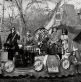 The Raconteurs: Salute Your Solution