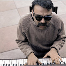 Vince Guaraldi:Happiness Theme