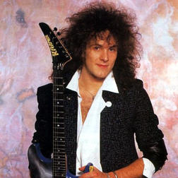 Vivian Campbell:Muting, Pull-offs, Split Harmonics, Practicing