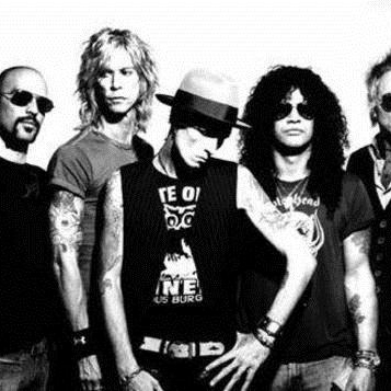 Velvet Revolver Loving The Alien cover art