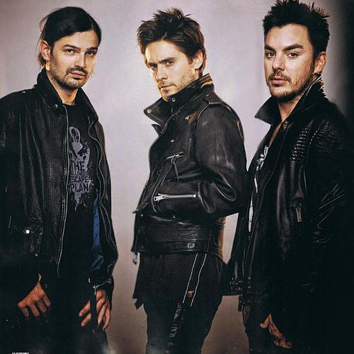 Thirty Seconds To Mars Closer To The Edge cover art