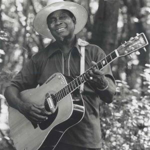 Honeyboy Edwards Delta Blues Turnarounds cover art