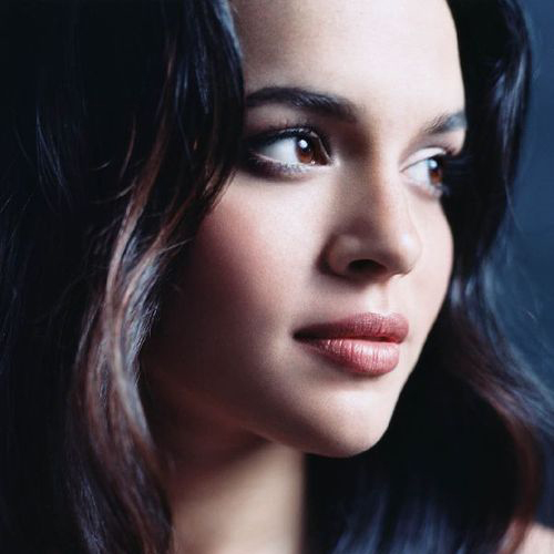 Norah Jones: Carry On