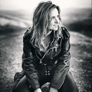 Melissa Etheridge Feels Like Home cover art