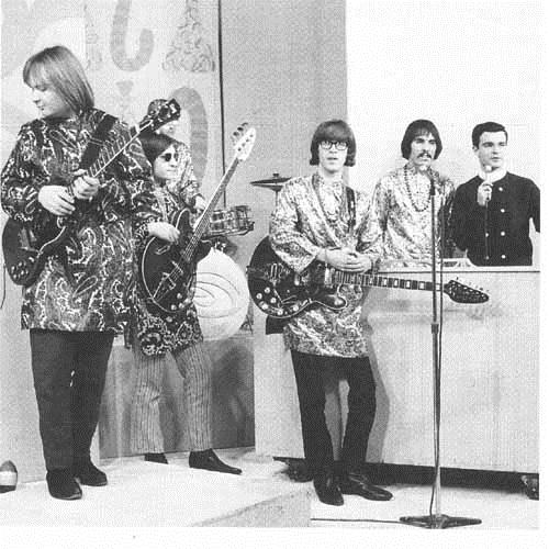 Strawberry Alarm Clock Incense And Peppermints cover art