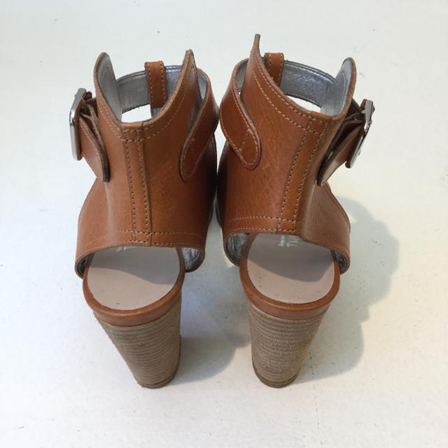 Thakoon-Size-39-EU-Sandal_111413C.jpg