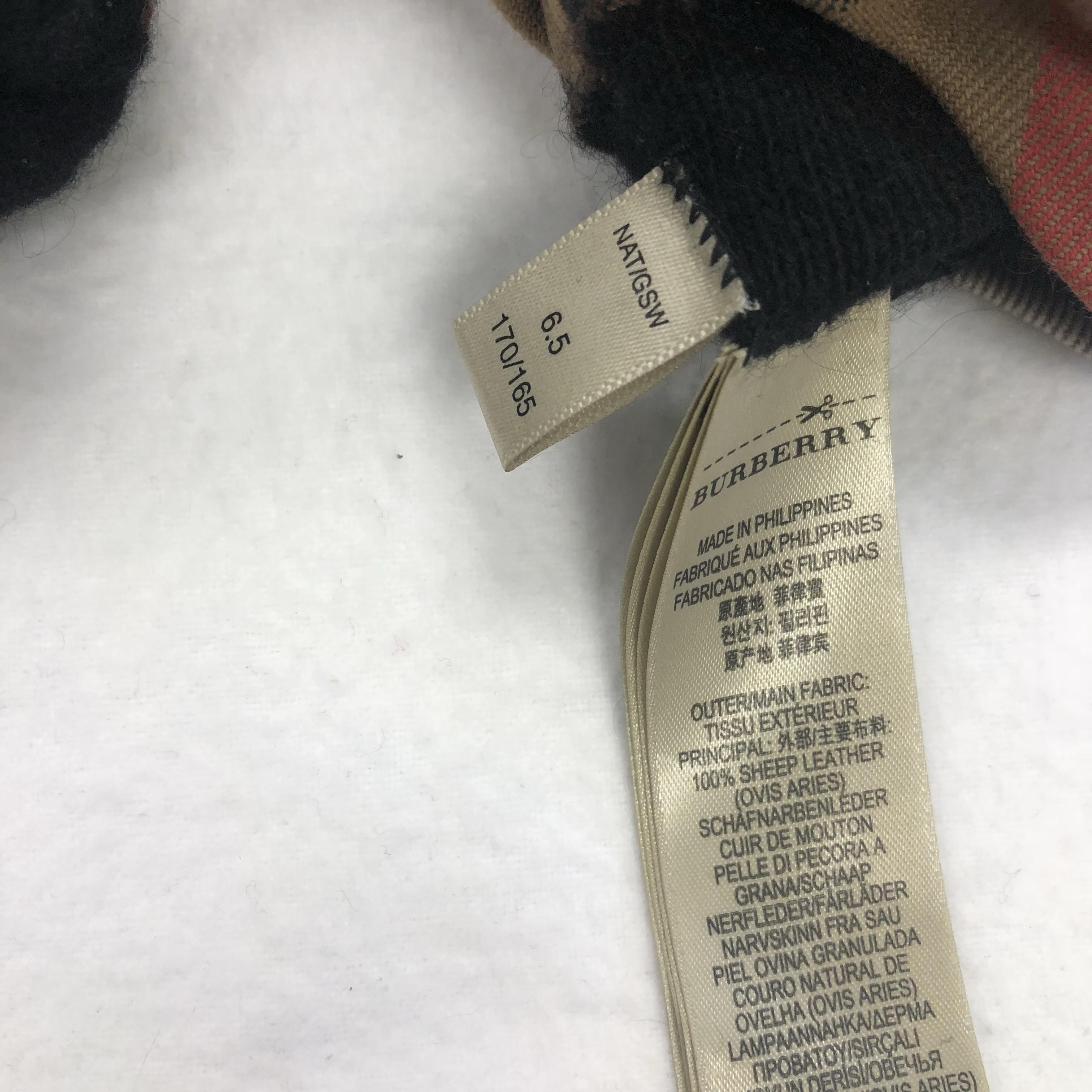 Gloves_167796E.jpg