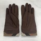 Gloves_167796D.jpg
