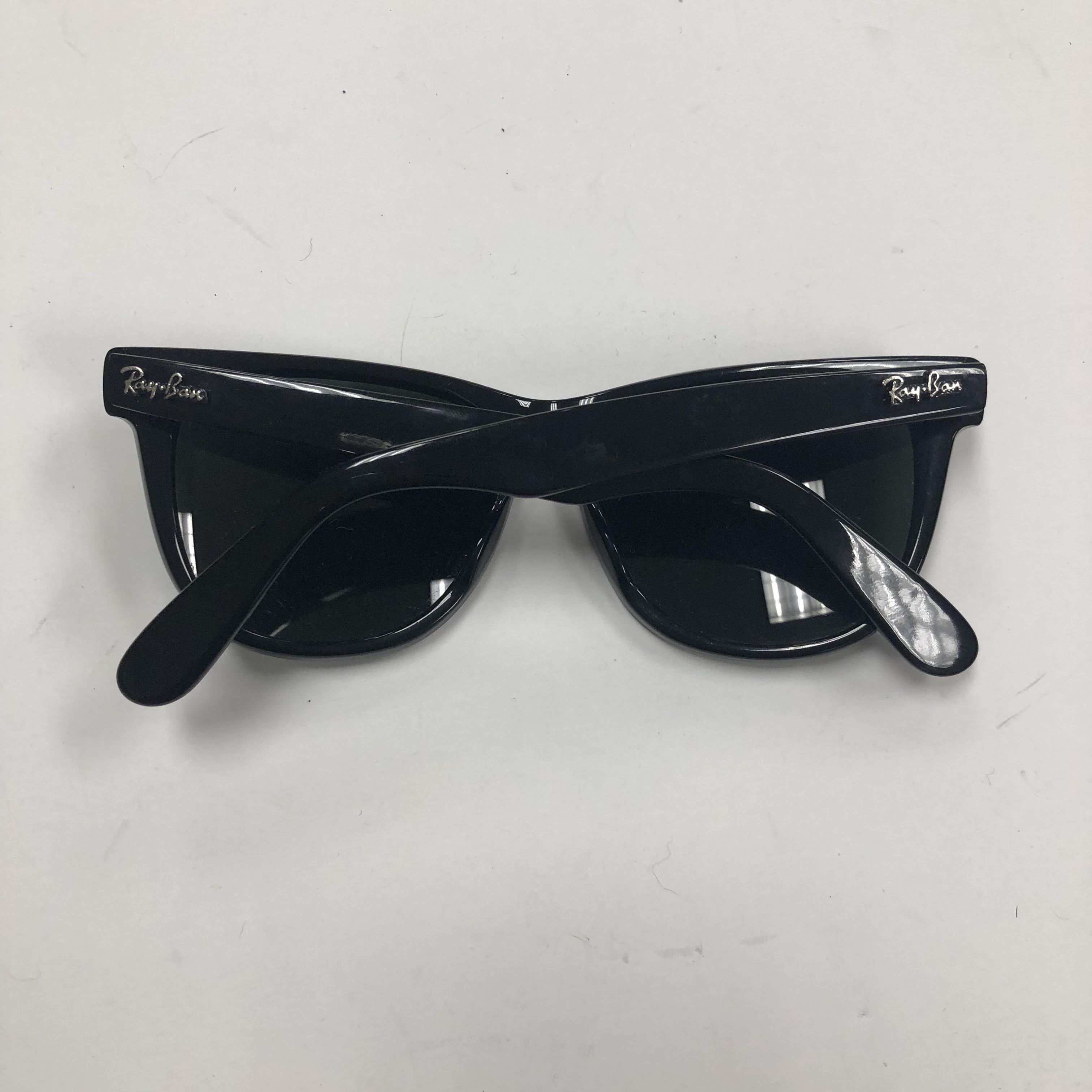 Sunglasses_164631C.jpg