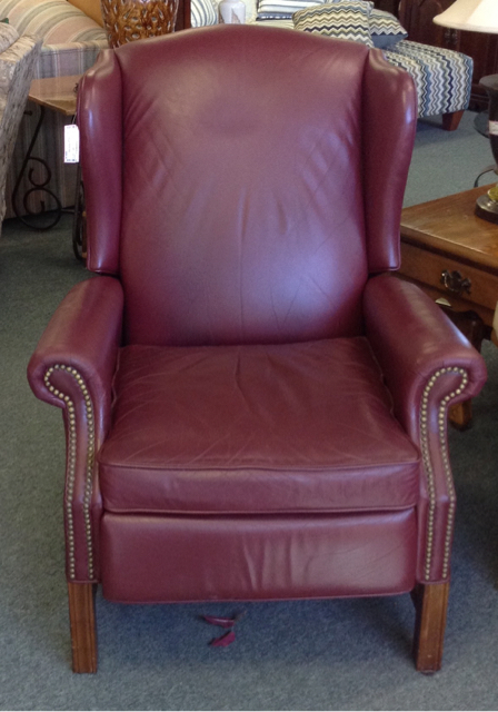 LEATHER-WINGBACK-RECLINER_387030A.jpg