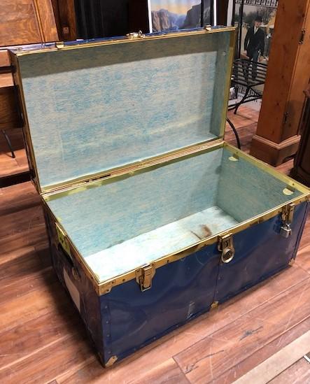 Blue-Steamer-Trunk_6835B.jpg