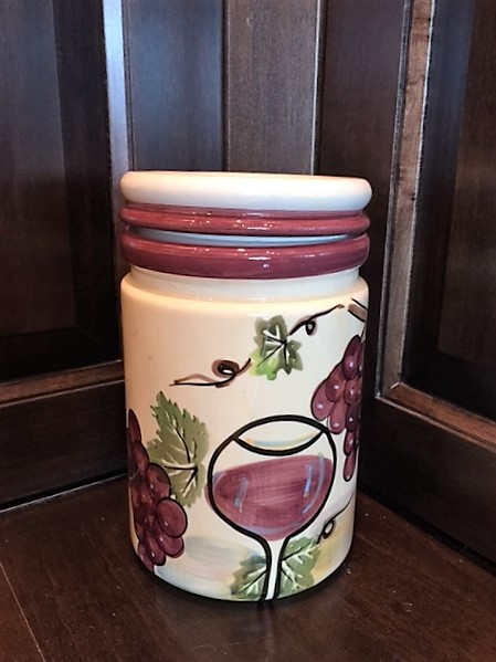 Cannister-with-Grape--Wine-Accents.--8-Tall_2351A.jpg