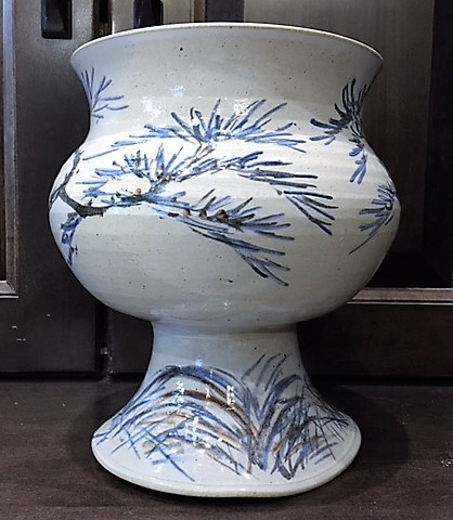Ceramic-Vase-with-Blue-Painted-Art_4649A.jpg