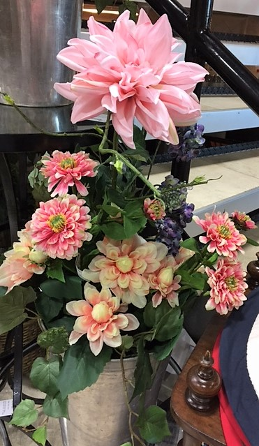 Flower-Arrangement---Various-Flowers_3614A.jpg