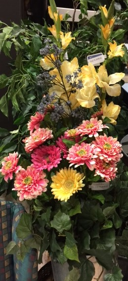 Flower-Arrangement---Various-Flowers_3616A.jpg