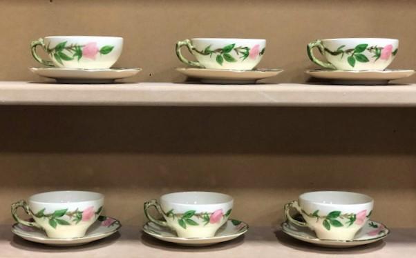 Franciscan-Desert-Rose.--Set-of-6-teacups-and-saucers_5887A.jpg
