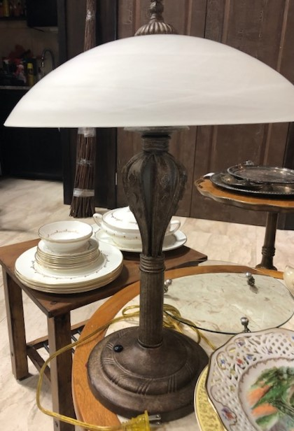 Frosted-Glass-Brass-Look-Base-Table-Lamp_6550A.jpg