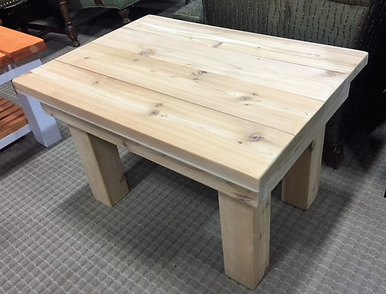 NEW-Cedar-Wood-Coffee-Table.--30-long_4708B.jpg