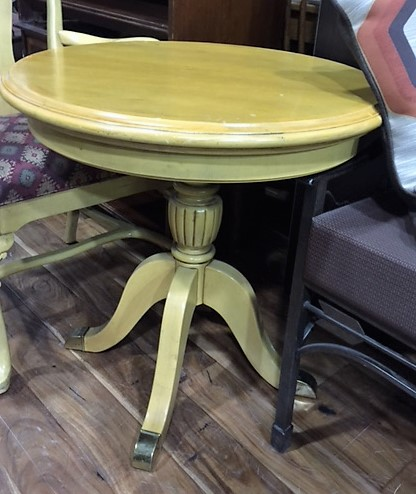 Small-28-Round-Light-Blonde-Wood-table-with-claw-feet_5282A.jpg