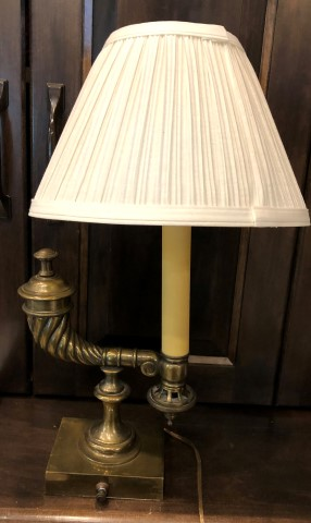 Vintage-Brass-Table-lamp_6438A.jpg