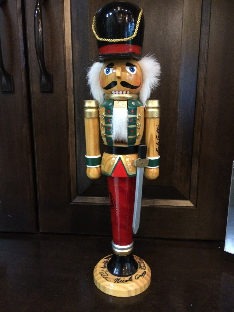 Wooden-Nutcracker_6359A.jpg