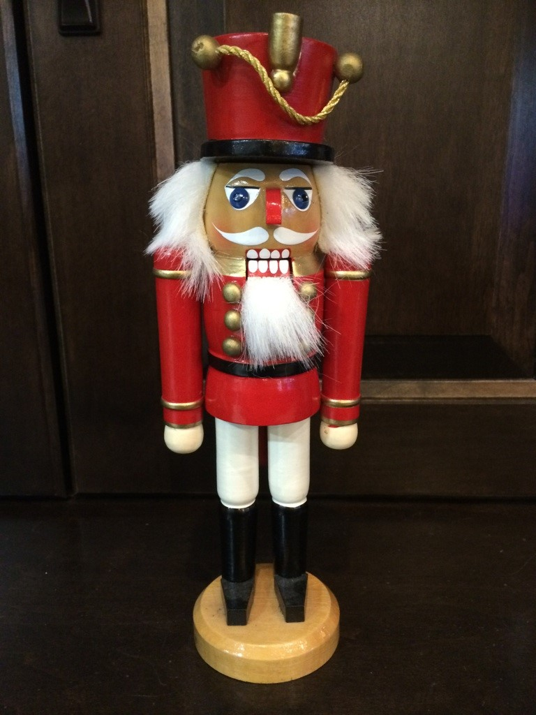 Wooden-Nutcracker_6360A.jpg