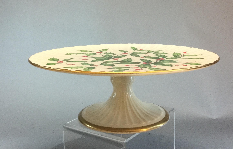Lenox-Holiday-Cake-Stand_60659B.jpg