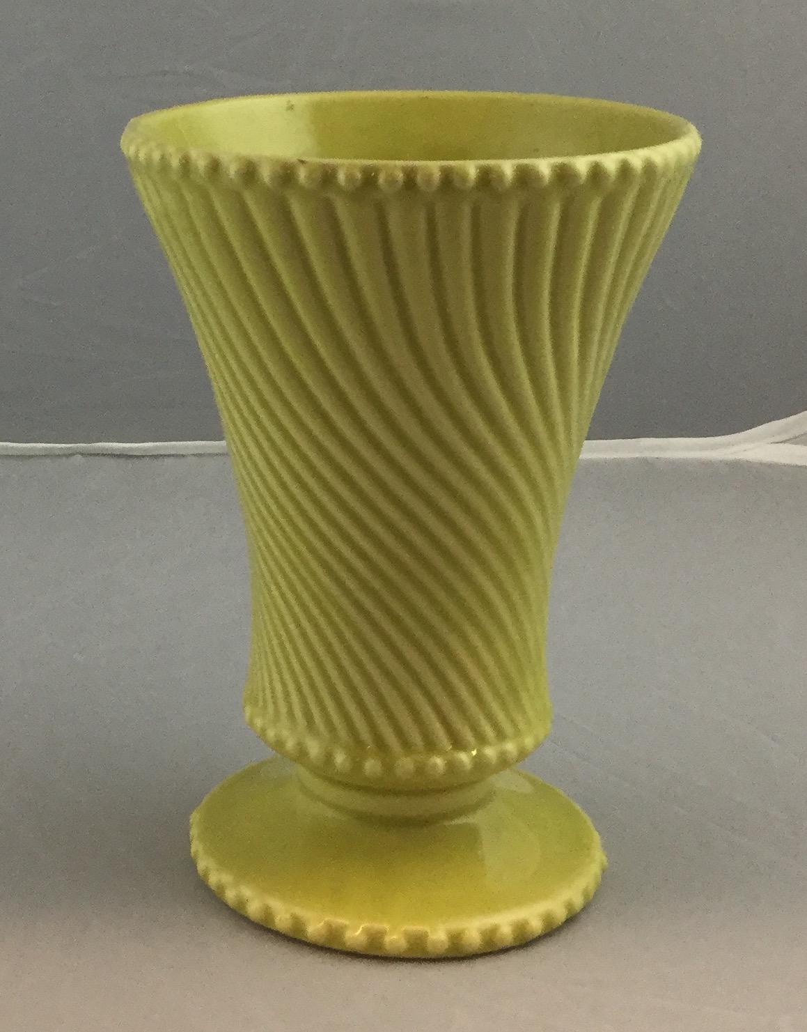 McCoy-Swirled-Vase_55292A.jpg