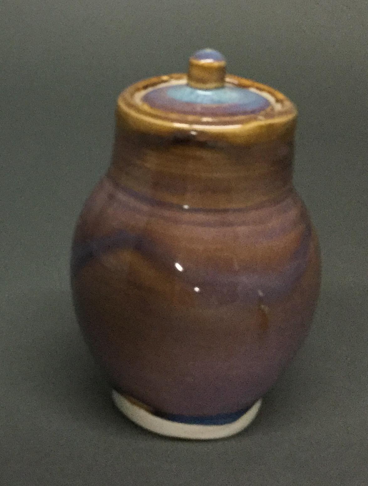 Porcelain-Jar-With-Lid_55362C.jpg