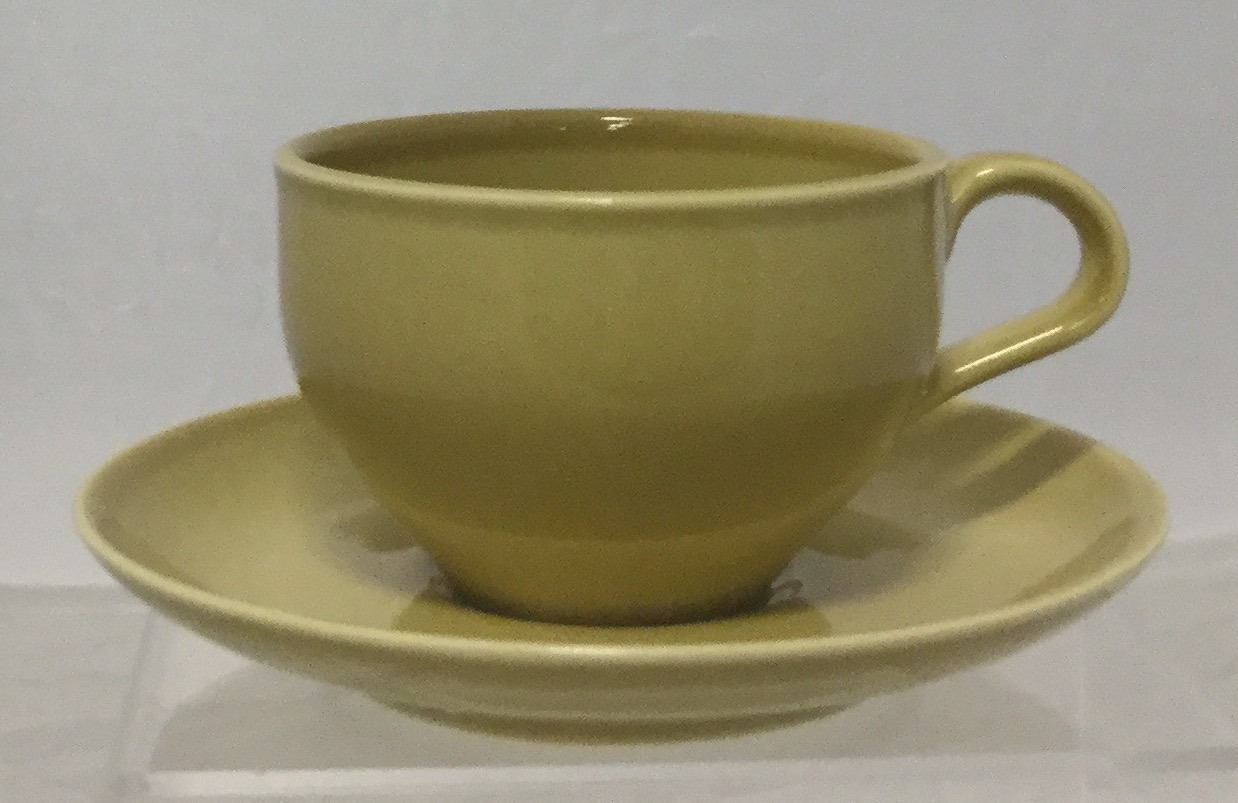 Russel-Wright-Cup--Saucer_58764A.jpg