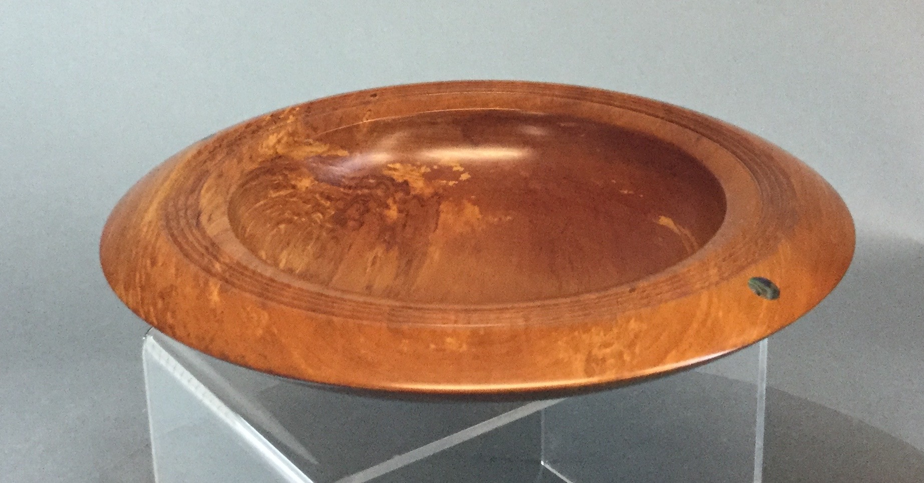 Turned-Wood-Bowl-from-New-Zealand_60843D.jpg