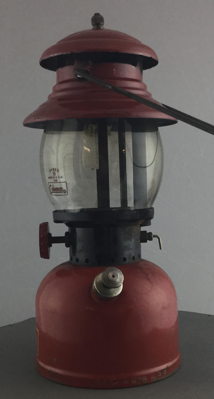 Vintage-Red-Coleman-Lantern_63307C.jpg