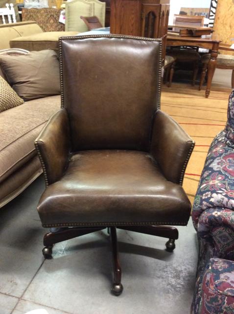 Hooker-Leather-Desk-Chair_38684A.jpg