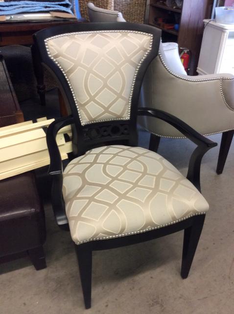 Nailhead-Chair_42389A.jpg