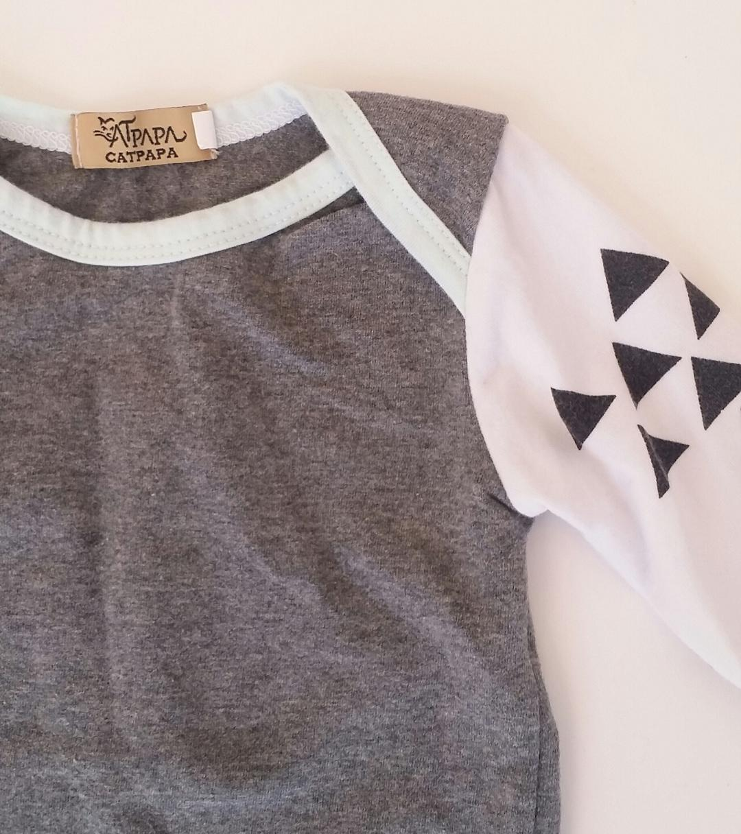 0-3-MONTHS-Geometric-Long-sleeve-T-Shirt_2154451B.jpg