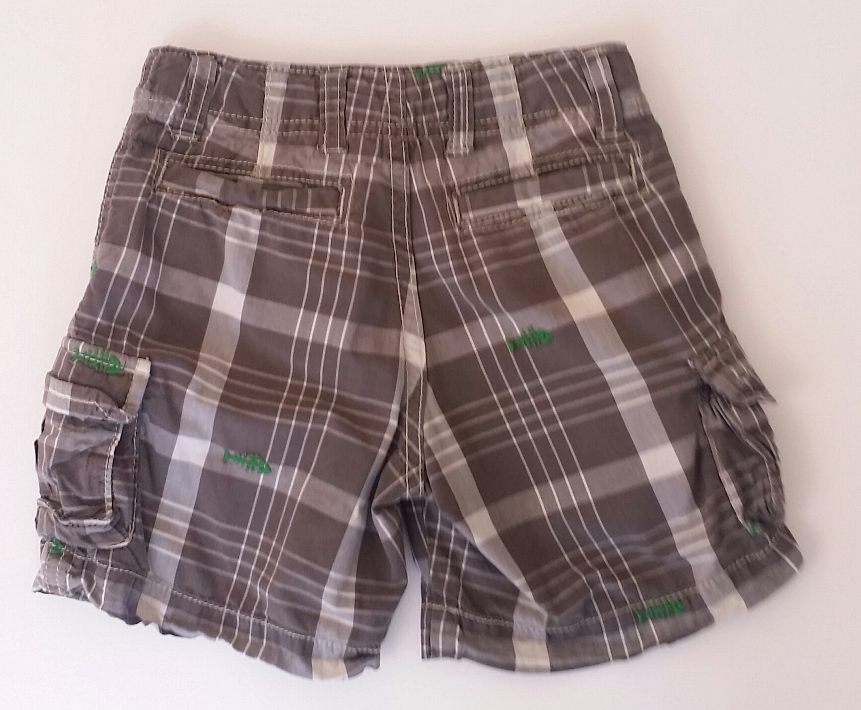 Gap-18-24-MONTHS-Plaid-Cargo-Shorts_2119245C.jpg