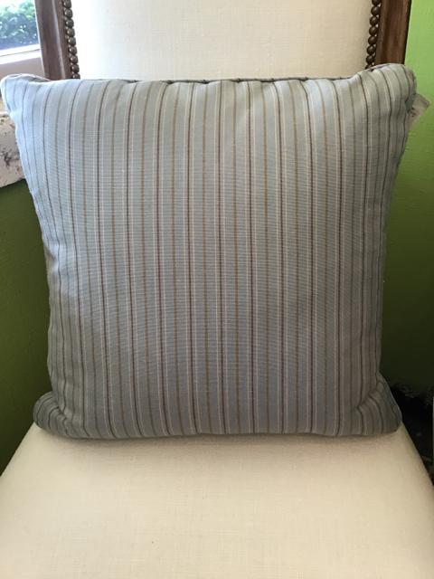 Pillow_11673A.jpg