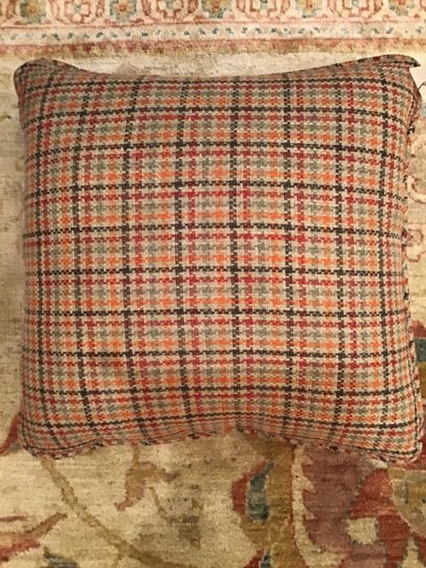 Pillow_23726B.jpg