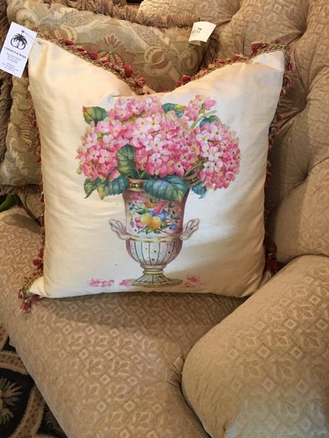 Pillow_29026A.jpg