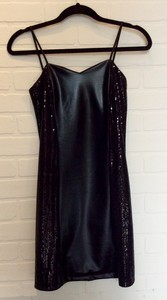 CW-Design-Size-Large-Black-Dress_2453A.jpg